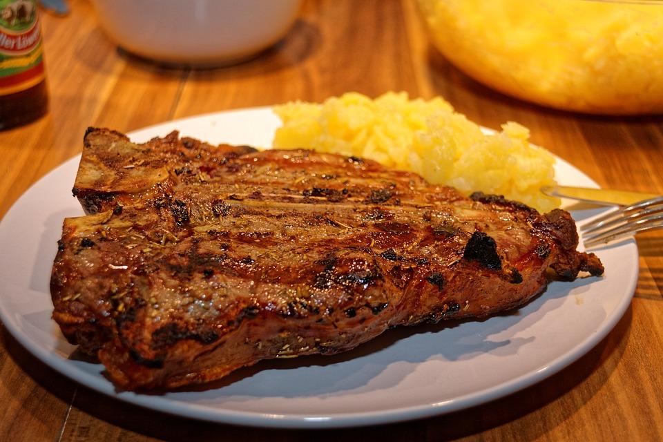 Come cucinare la bistecca alla fiorentina for Cucinare entrecote