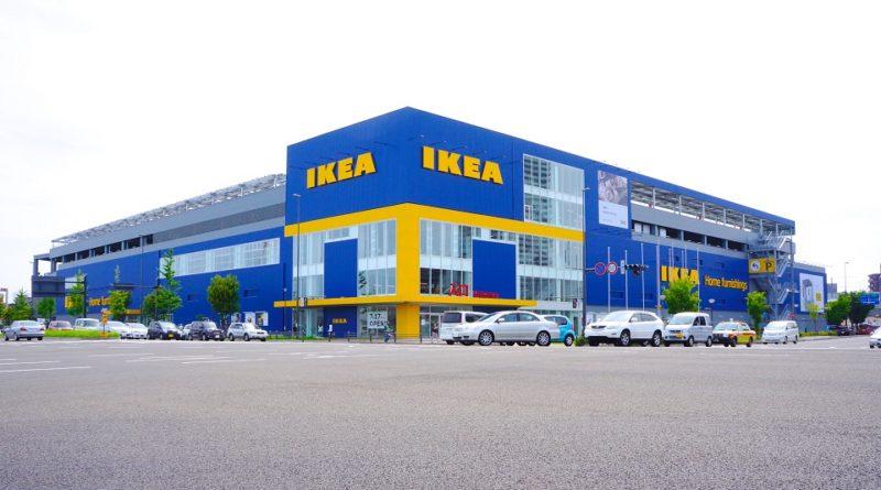 Ikea Milano donna licenziata